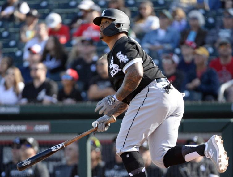 El dominicano Yermin Mercedes fue subido a las grandes ligas. - Más allá  del Beisbol